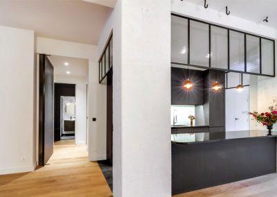 Transformation de bureaux au RDC sur cour en appartement – FONCIERE DE PARIS